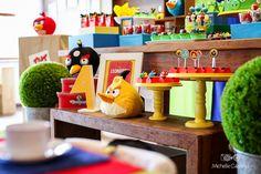 http://michellecastilho.com/leo-4-anos-decoracao-angry-birds/