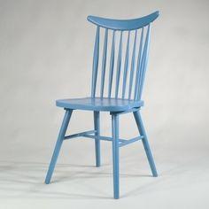 Windsor Stuhl in hellblau;  Windsor Chair light blue