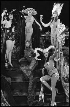 Items similar to Edwardian Fantasy Vintage Feather Garland, Headband Burlesque Costume Headpiece on Etsy Vintage Beauty, Vintage Fashion, Burlesque Vintage, Tableaux Vivants, Pin Up, Ziegfeld Follies, Ziegfeld Girls, Alphonse Mucha, Silent Film