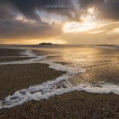 """""""Fort-Bloqué beach sunset"""" Photo d'un coucher de soleil plutôt sympathique prise sur la plage de Fort-Bloqué alors que le vent soufflait particulièrement fort et que les nuages menaçaient de plus en plus ... j'ai d'ailleurs essuyé une belle pluie horizontale quelques minutes plus tard :)"""
