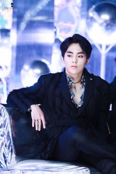 he owns the place Exo Xiumin, Kim Minseok Exo, Exo Ot12, Kpop Exo, Exo K, Chanbaek, Fanfiction, Xiuchen, Kim Min Seok