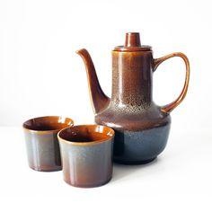 "Dzbanek ""Agat"" 2 kubeczki , Mirostowice Teak, Mid-century Modern, Tea Pots, Art Deco, Mid Century, Ceramics, Tableware, Cups, Minimal"