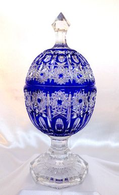 Hungary Cobalt Blue Signed Lead Cut to Clear Egg Shaped Crystal Vase 14 Mint Crystal Glassware, Antique Glassware, Crystal Vase, Cobalt Glass, Cobalt Blue, Cut Glass, Glass Art, Egg Shape, Blue China