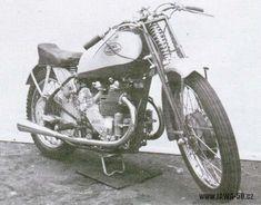Předválečné závodní motocykly a experimentální prototypy značky Jawa.