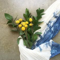 Billy buttons and our indigo hand-dyed cheesecloth runner. Here's to brightening up the humpday blues! #adayinthelifeofLOOT #dscolor #thatsdarling