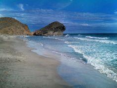 Playa de Monsul un paraíso en Cabo de Gata. #beach #paradise
