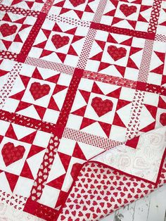 Primrose Cottage Quilts offers both Paper and PDF quilt patterns. We have a variety of different patterns to choose from - precut quilt patterns,. Heart Quilt Pattern, Quilt Block Patterns, Pattern Blocks, Pdf Patterns, Crochet Patterns, Triangles, History Of Quilting, Two Color Quilts, Red And White Quilts