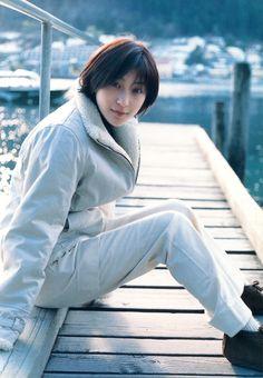 廣末涼子 Hirosue Ryoko 1980年7月18日. I will always love her, get obsessed with her photos.