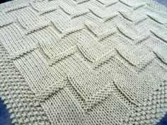 Stepping Up baby blanket Knitting pattern by MotherOfPurlPatterns This beautifully simple and modern blanket is worked all in one piece, so there's no sewing involved. Using an easy care. Easy Knitting Patterns, Baby Patterns, Free Knitting, Baby Knitting, Crochet Baby, Blanket Crochet, Pattern Sewing, Knitting Needles, Crochet Pattern