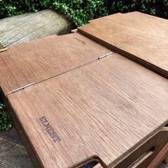 ギミック満載な収納ボックス「ECC BOX」がさらに進化!テーブルとして拡張できる新作パーツ登場 | CAMP HACK[キャンプハック] Knock On Wood, Design Elements, Camping Kitchen, Minivan, Camper Ideas, Crafts, Products, Elements Of Design, Manualidades