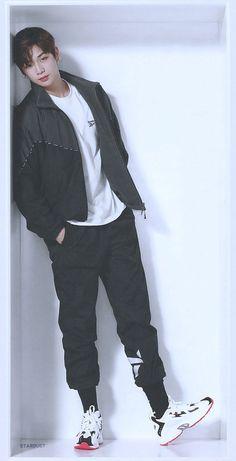 Kang Daniel / Wanna One King Of Limbs, Tilly And The Buttons, Daniel K, Fashion Figures, Asian Hotties, Korean Celebrities, Korean Men, 3 In One, Mingyu