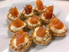 Photo by unbiscottoperdue Finger Food Appetizers, Appetizers For Party, Appetizer Recipes, Party Entrees, Healthy Diners, Healthy Finger Foods, Great Recipes, Favorite Recipes, Biscuits