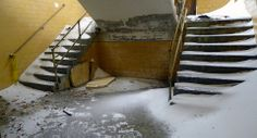 Double stairs — snow drifts