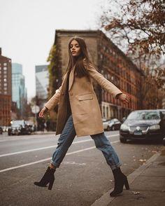 jacky brown イ allure style street urban fashion mode beige camel marron fall a… - Fall looks - Winter Mode Fashion Mode, Look Fashion, Urban Fashion, Womens Fashion, Fashion Fall, Trendy Fashion, Travel Fashion, Fashion Stores, Feminine Fashion