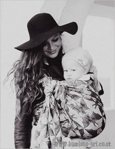 Kuvahaun tulos haulle artipoppe argus waterfall Baby Wearing Wrap, Woven Wrap, Angels And Demons, Babywearing, Family Photography, Little Ones, Documentaries, Pregnancy, London