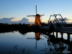 Windmills of Kinderdijk in floodlight (2) ... http://godisindestilte.blogspot.nl/2017/09/windmills-of-kinderdijk-in-floodlight-2.html