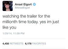 Ansel Elgort has a little piece of fangirl in him. I am seriously in love with him!!!!!