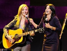 "How about when Lisa Kudrow and Courteney Cox sang ""Smelly Cat"" out of character?!"