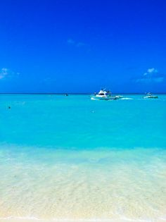 Palm Beach, Aruba @Averie Sunshine {Averie Cooks} Sunshine {Averie Cooks}