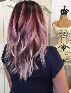 Stunning Hair Color Trends for Girls - HairStylesVila - Ombre Hair Hair Color Purple, Hair Dye Colors, Cool Hair Color, Purple Ombre, Purple Hair Highlights, Burgundy Blonde Hair, Blonde Hair With Color, Brown And Pink Hair, Dusty Pink Hair