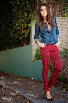 Love these pants! They have December written all over them - Christmas-time, my favorite time of year!