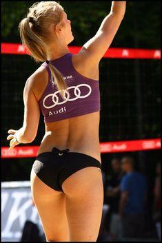 Female Volleyball Players, Women Volleyball, Volleyball Shorts, Beach Volleyball, Female Athletes, Women Athletes, Booty Goals, Beautiful Athletes, Athletic Girls