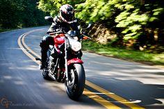 Uma moto por dia: Dia 15 – Yamaha XJ6 N | Osvaldo Furiatto Fotografia e Design