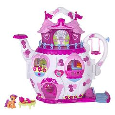 My Little Pony Hasbro - 628261860 Ponyville - Le Palais du Thé Pet Shop, Girls Rolling Backpack, Strawberry Shortcake Doll, Little Poney, Le Palais, Mlp My Little Pony, Cute Toys, Old Toys, Gifts For Boys