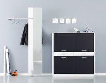 Cassettone moderno / in legno / in legno laccato / nero