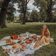 5 Of The Best Outdoor Activities To Do When You're Broke - UK day dinne 666 Best Picnic images