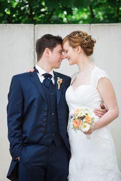 Bunte Blumenhochzeit mit Ruhrgebietcharme  @Julia Schick Fotografie http://www.hochzeitswahn.de/inspirationen/bunte-blumenhochzeit-mit-ruhrgebietcharme/ #wedding #mariage #inspiration