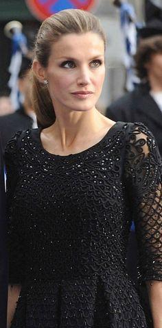 Princess Letizia in Massimo Dutti