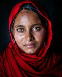 Art Photography Portrait, Face Photography, Figure Photography, African Art Paintings, Afghan Girl, Face Expressions, Stunning Eyes, Creative Portraits, People Around The World