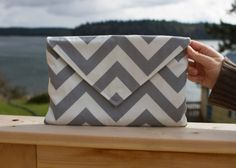 Envelope clutch - pattern by Noodlehead  Love this chevron version!