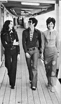 .one thing about Bruce, he IS, WAS & WILL FOREVER BE - A BABE MAGNET - look @ him - NORA MIAO * MARIA YI - WATTAH LOL