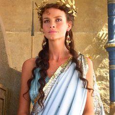 841d8625e506 7 fantastiche immagini su Abito greco