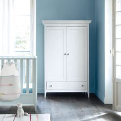 Beautiful blue wall paint