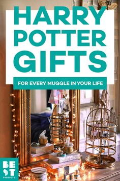 31 Best Harry Potter Gifts for 2019 - Magical Gift Ideas for Harry Potter Fans Always Harry Potter, Harry Potter Gifts, Harry Potter Birthday, Harry Potter Art, Harry Potter Universal, Pinterest Advertising, Harry Potter Bedroom, Slytherin House, Magic Book