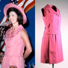Jackie Kennedy wears a hot pink silk shantung sleeveless suit designed by Oleg Cassini in Mexico City, 1961 Jackie Oh, Jackie Kennedy Style, John Kennedy Jr, Ted Kennedy, Caroline Kennedy, Jacqueline Kennedy Onassis, Elegant Dresses, Timeless Fashion, Style Icons