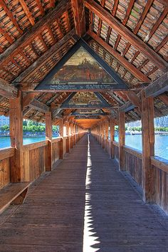 Inside the Kapellbrücke (Chapel Bridge), Lucerne, Switzerland ✯ ωнιмѕу ѕαη∂у Oh The Places You'll Go, Places To Travel, Places To Visit, Beautiful World, Beautiful Places, Bósnia E Herzegovina, Europe Centrale, Berne, Stations De Ski