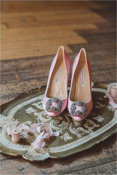 Romantic pink #wedding shoes | Manolo Blahnik Hangisi pump #ss16 #manoloblahnik2017