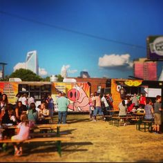 Tips for enjoying the best of Food Truck Friday in South End, Charlotte Cities In North Carolina, Charlotte North Carolina, Charlotte Nc, Something Different For Dinner, The Next Step, Weekend Fun, City Living, Southern Living, Food Truck