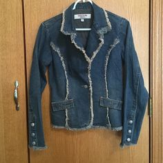 Jean jacket Lightweight fitted jean jacket, one button closure, 3 snaps at wrists if you want to roll up the sleeves. Cute jacket is a size small but fits as an extra small. Paris Blues Jackets & Coats Jean Jackets