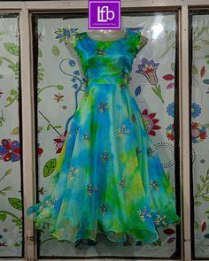 Sleeves Designs For Dresses, Dress Neck Designs, Fancy Blouse Designs, Stylish Dress Designs, Girls Frock Design, Long Dress Design, Kids Frocks Design, Girls Dresses Sewing, Stylish Dresses For Girls