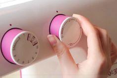 Tutoriales DIY: Cómo hacer puntadas básicas y ojales con la máquina de coser vía DaWanda.com
