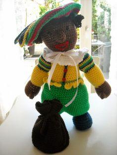 Zwarte Piet Hand Knitting, Knitting Patterns, Crochet Patterns, Winter Cocktails, Knitted Dolls, Crochet Animals, Bunt, Knit Crochet, Dinosaur Stuffed Animal