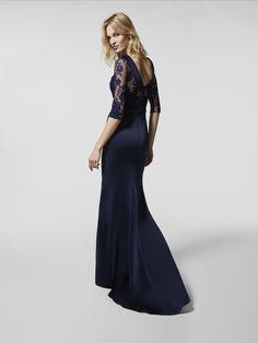 74541a8d7007 Imagen del vestido de fiesta azul (62062). Vestido GLADYMIR largo manga  tres cuartos