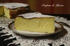 Questa è la ricetta classica del migliaccio napoletano che ha preparato sempre la mia mamma con un accenno alla mia rivisitazione.