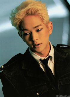 ONEW / I used to hate his blond hair but... damn...