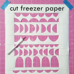 Best Ideas For Screen Printing Clothes Freezer Paper Gelli Printing, Stamp Printing, Printing On Fabric, Diy Screen Door, Diy Door, Freezer Paper Stenciling, Lock Screen Wallpaper Iphone, Screen Printing Shirts, Simple Prints